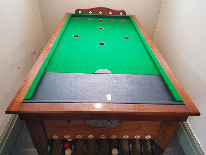 Recover antique Bar Billiard table