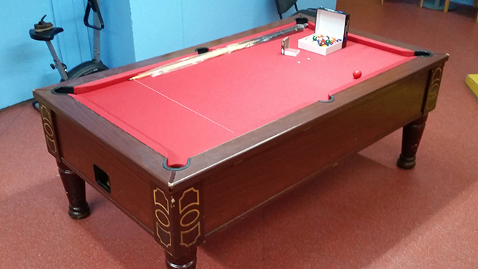 Super League Pool Table Recovering Service South Wales